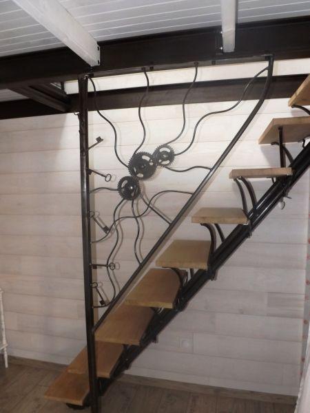 Fabricant d 39 escalier garde corps verri re pour votre for Photo d escalier d interieur